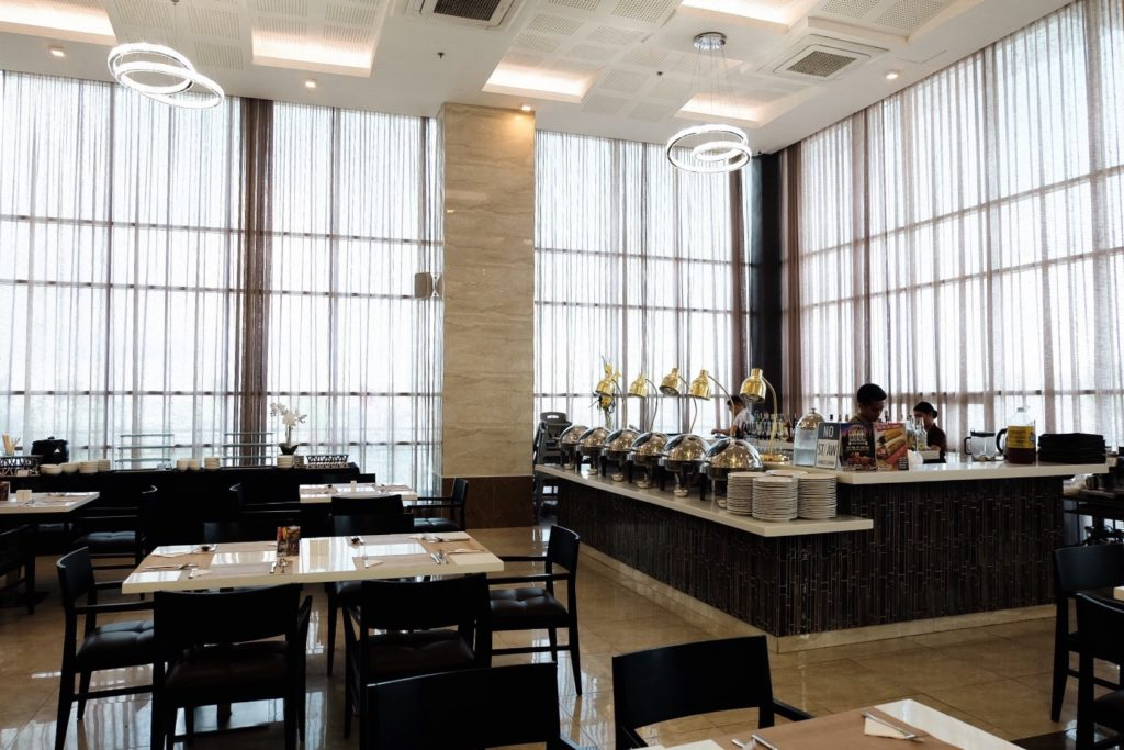 iamkimcharlie-one-central-hotel