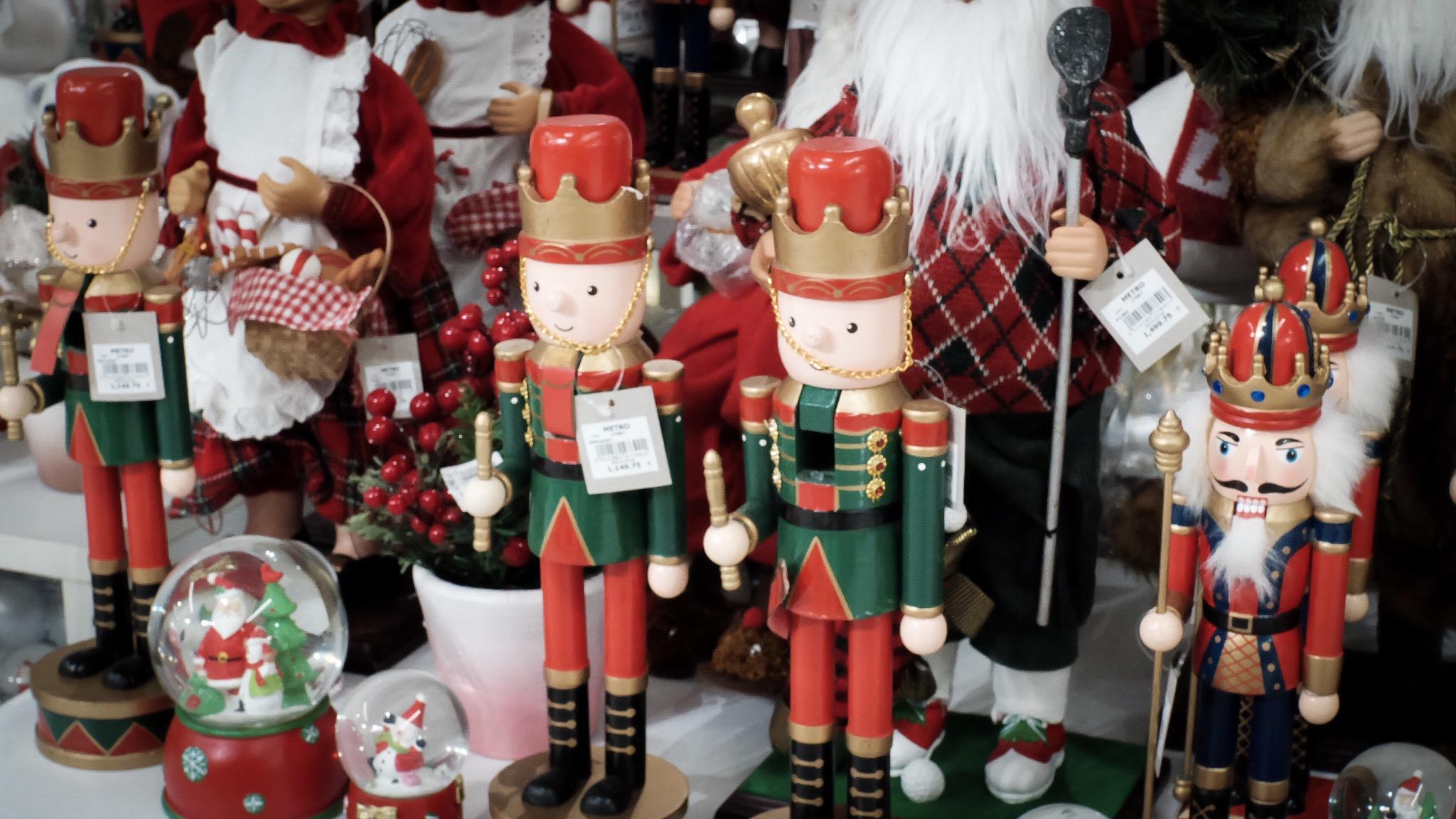 iamkimcharlie-metro-pre-christmas-sale-09-The-Metro-Stores